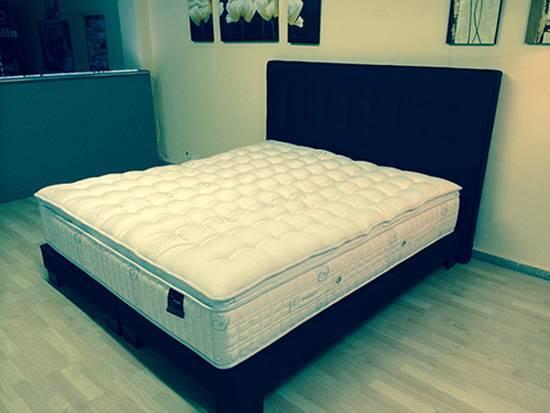 La cama de 180 x 200 cm. es cada vez más demandada en España